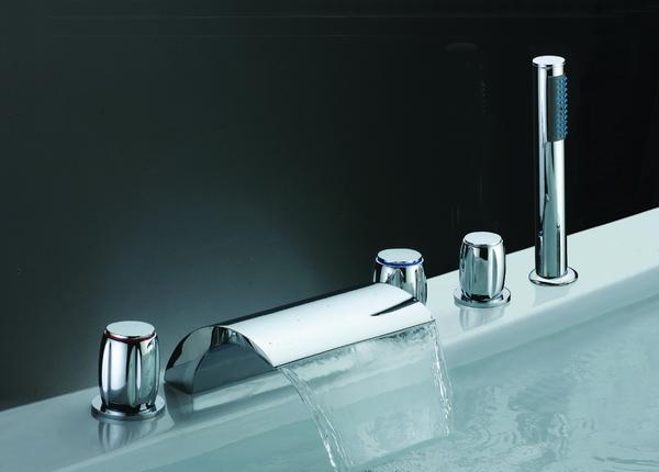 Solid Brass Chrome Bathtub Faucet
