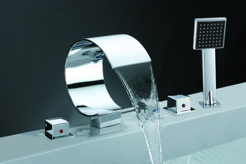 Chrome Waterfall Bathtub Faucet