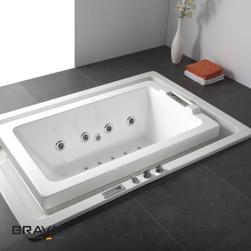 Bravat Infinity Water Flow Bathtub - Join Technology: Seamless Joint