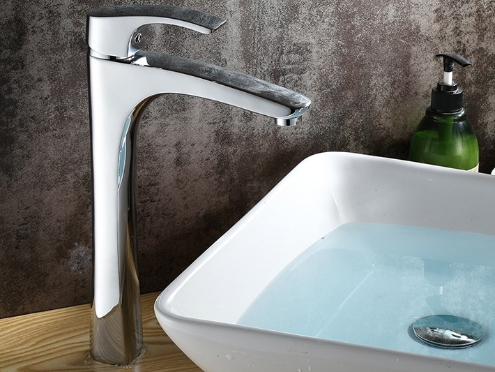 Cagliari Single Handle Deck Mounted Bathroom Sink Faucet
