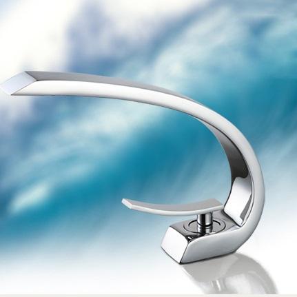 Lenox Chrome Finish Single Handle Bathroom Sink Faucet
