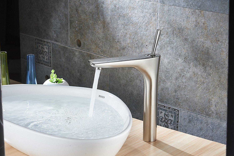 Segovia Deck-Mounted Bathroom Sink Faucet
