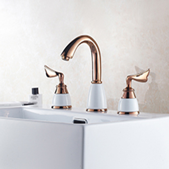 luxury-deck-mounted-basin-faucets